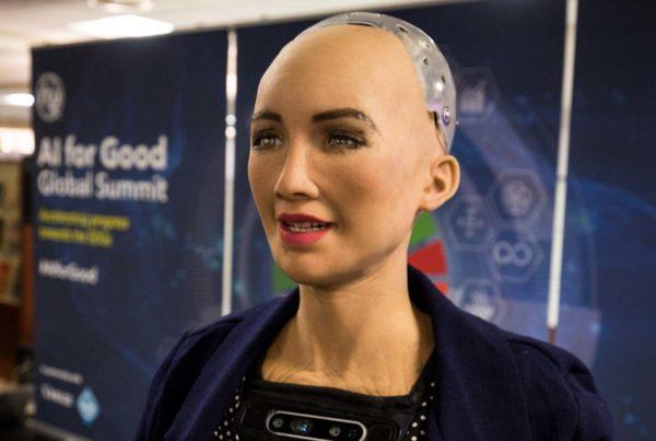 Robot Sophia: Yapay Zeka, Robotlar ve Hukuki Düzenlemeler