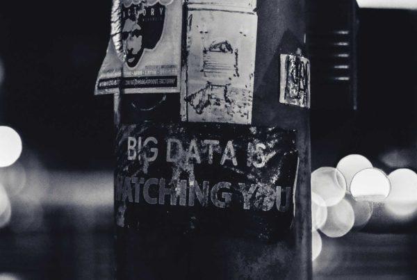 Karşılaştırma: KVKK ve GDPR Kapsamında Veri Kayıt Sistemi